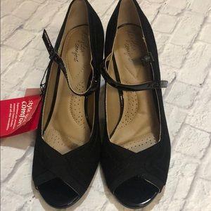 Dexflex Comfort Malinda Black Heel w/ Ankle Strap